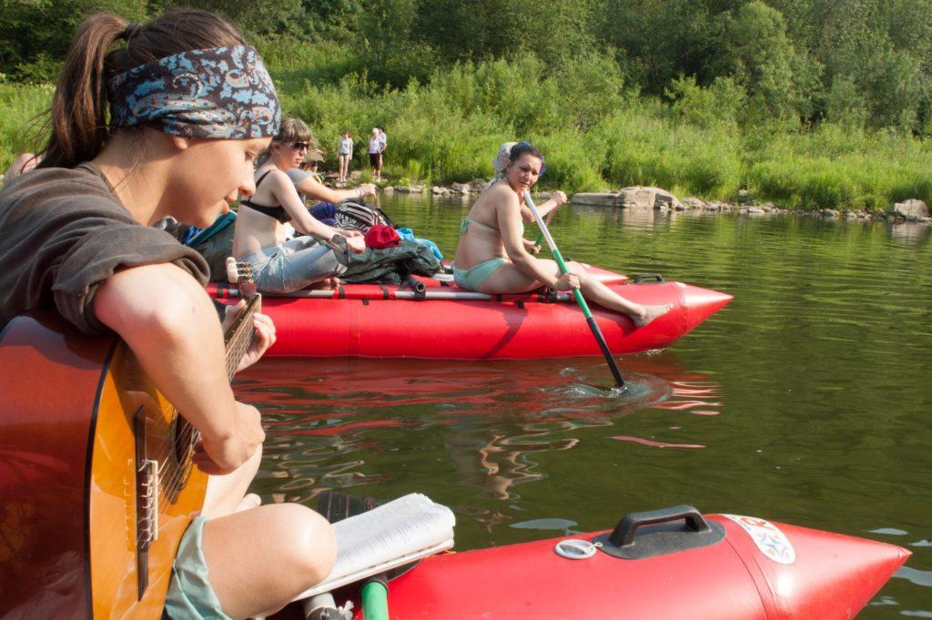 Сплав по реке Ай на катамаранах